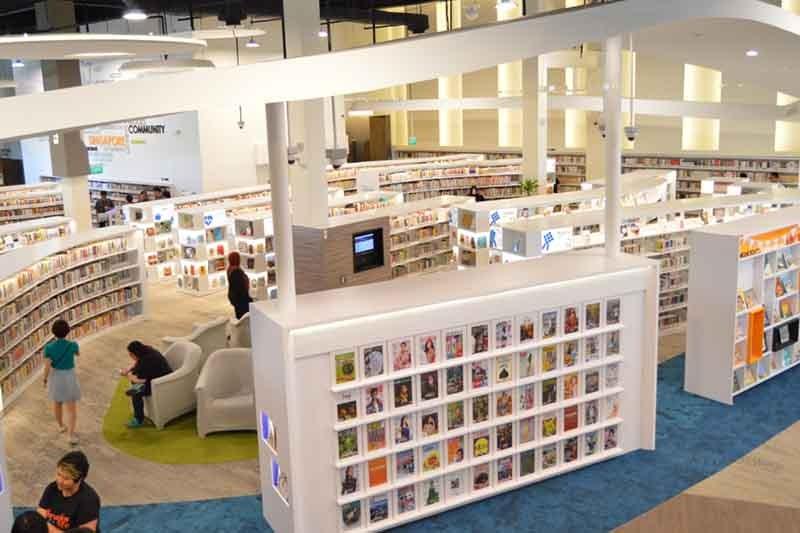 Singapore Pasir Ris Public Library reopens