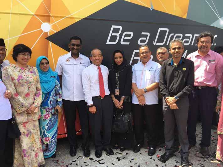 """Kembara #mydigitalmaker bersama PINTAR"" to expose students in rural communities in Malaysia to digital innovation"
