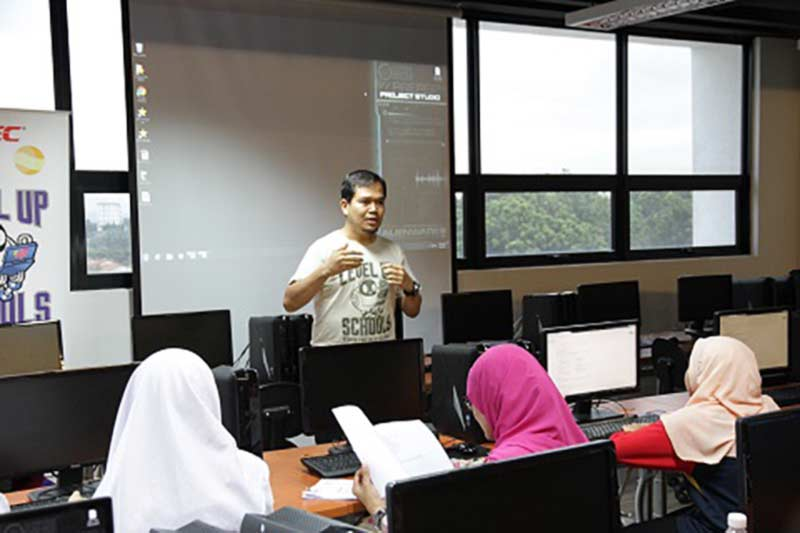 MDEC seeks to stimulate interest in gaming industry among Malaysian youth through Level Up at School programme