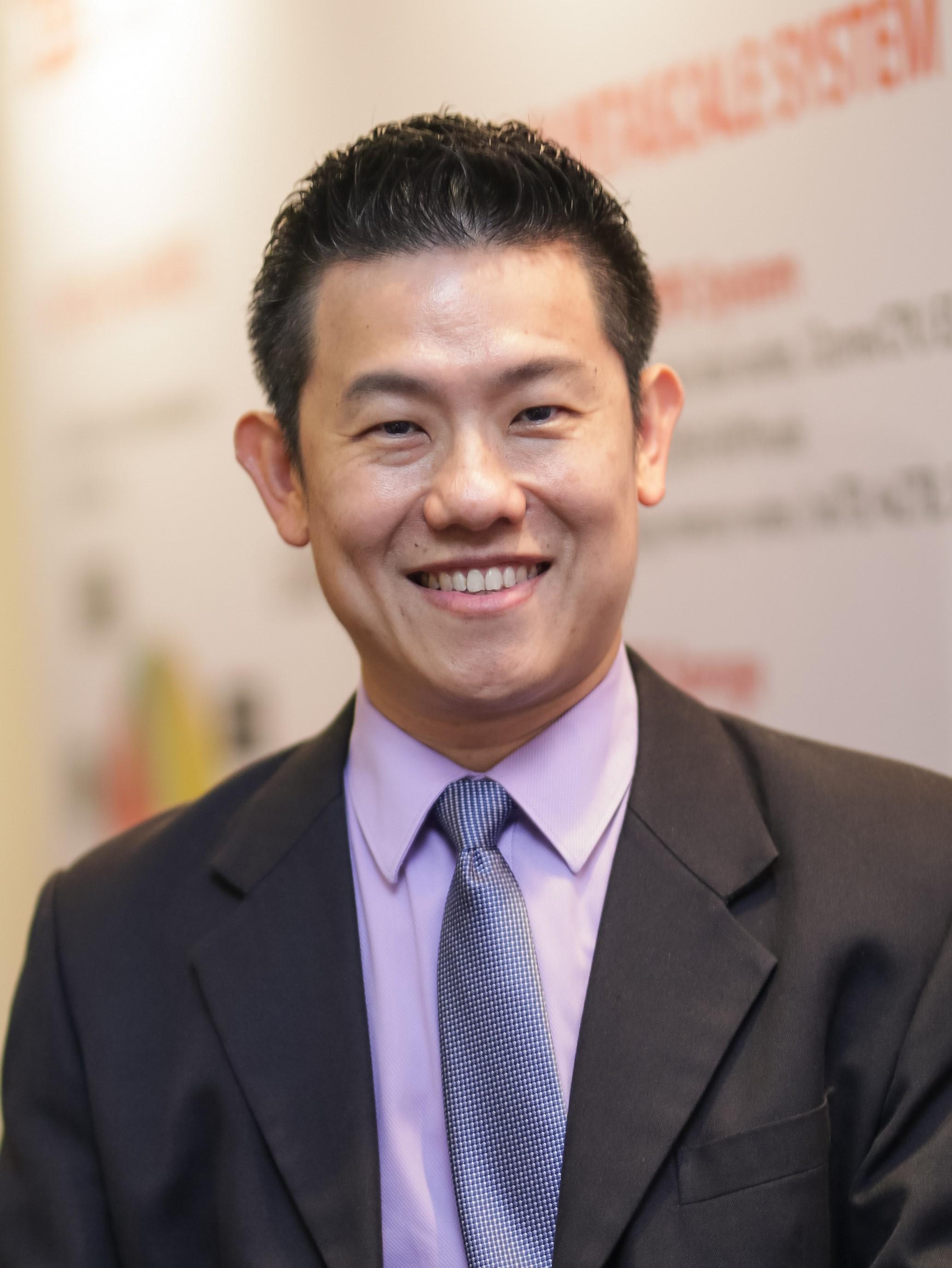 Jon Lau