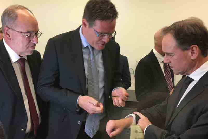 Australian National University to develop wearable medical technology