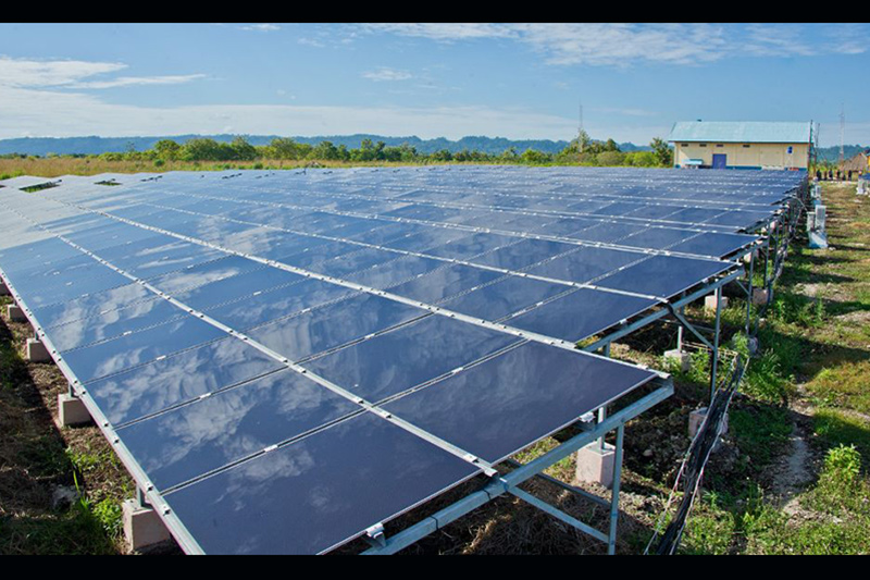 ADB finances first ever utility-scale solar PV plants in Indonesia in US$160-million renewables deal