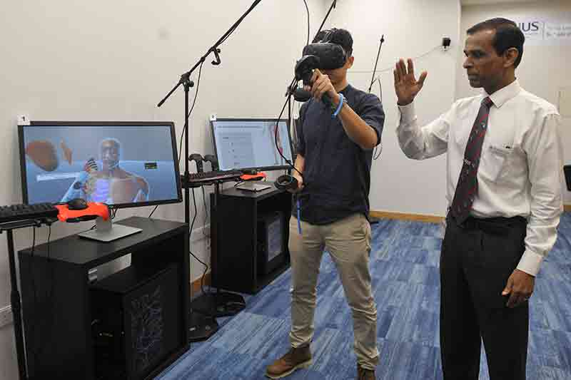 NUS Medicine School uses virtual reality to enhance learning of human anatomy